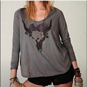 Free People M Long Horn Skull Graphic T-shirt